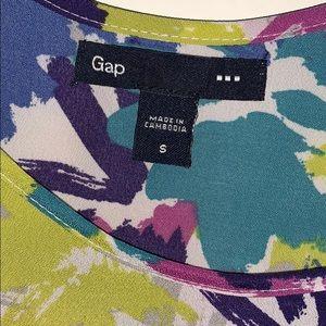 GAP Tops - Small Gap Floral Tank Top
